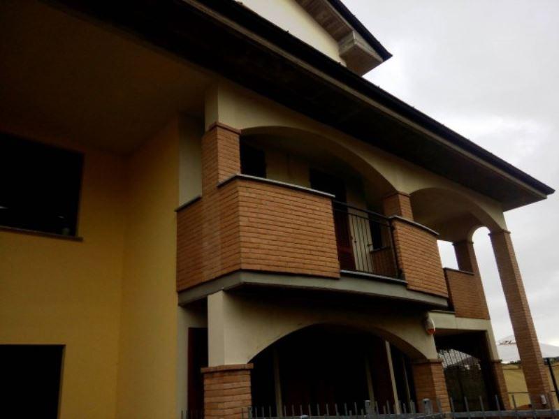 Appartamento in vendita a Sant'Angelo Lodigiano, 3 locali, prezzo € 80.000 | Cambio Casa.it