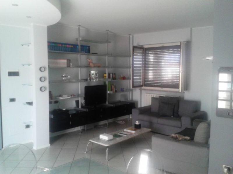 Appartamento in vendita a Sant'Angelo Lodigiano, 3 locali, prezzo € 240.000 | Cambio Casa.it