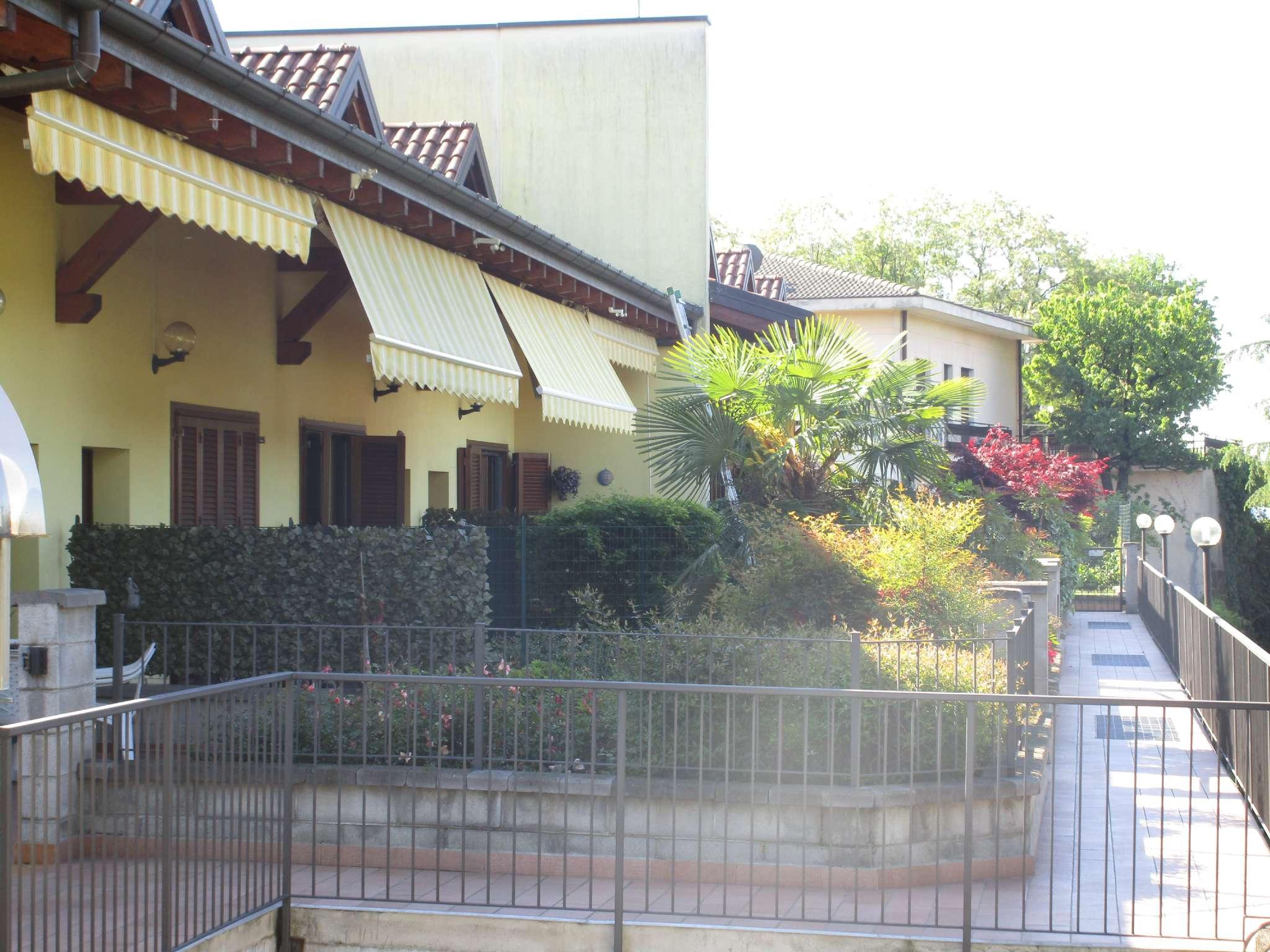 Villa a Schiera in Vendita a Solbiate Arno