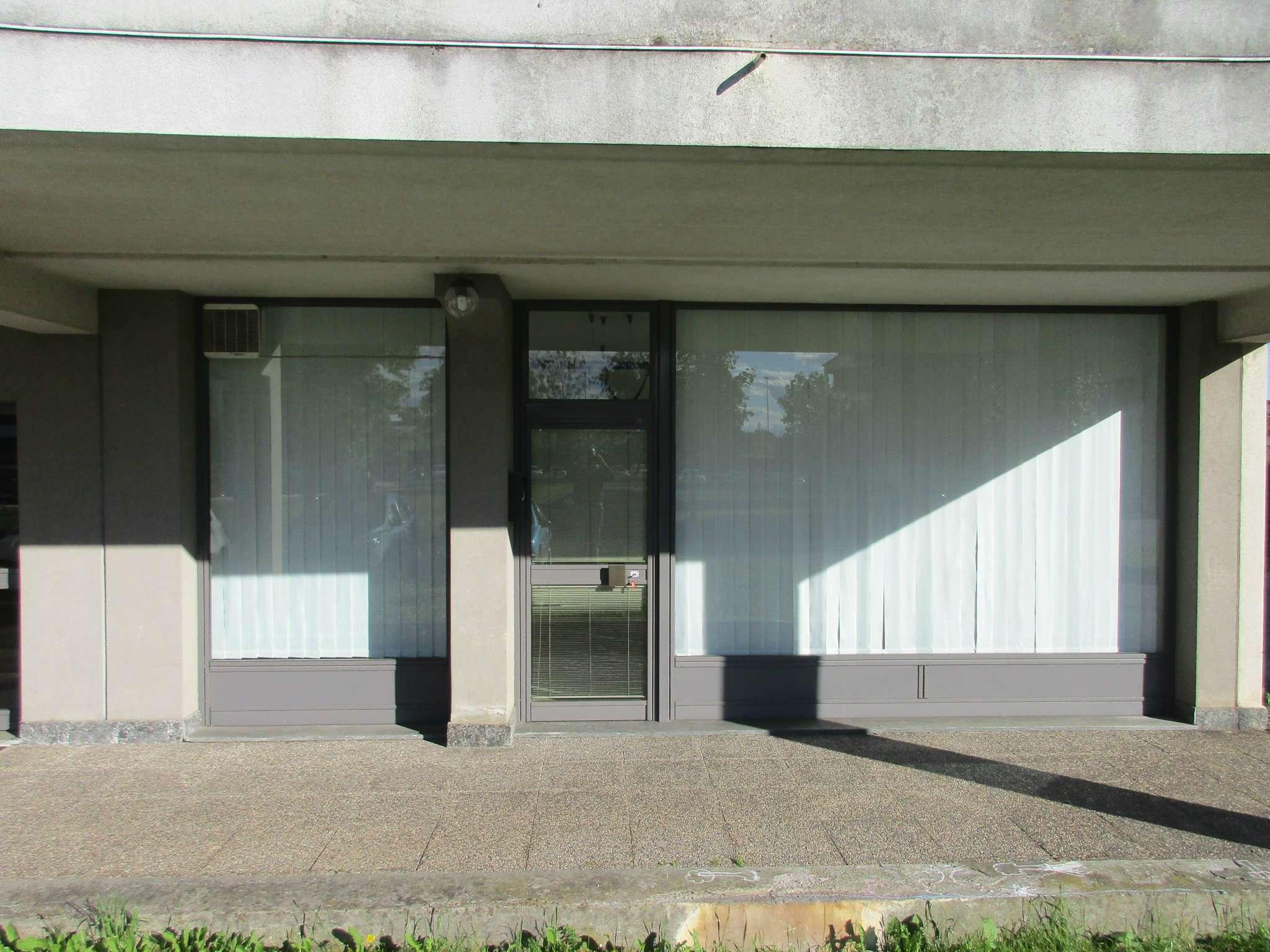 Negozio / Locale in vendita a Cassano Magnago, 9999 locali, prezzo € 50.000 | Cambio Casa.it