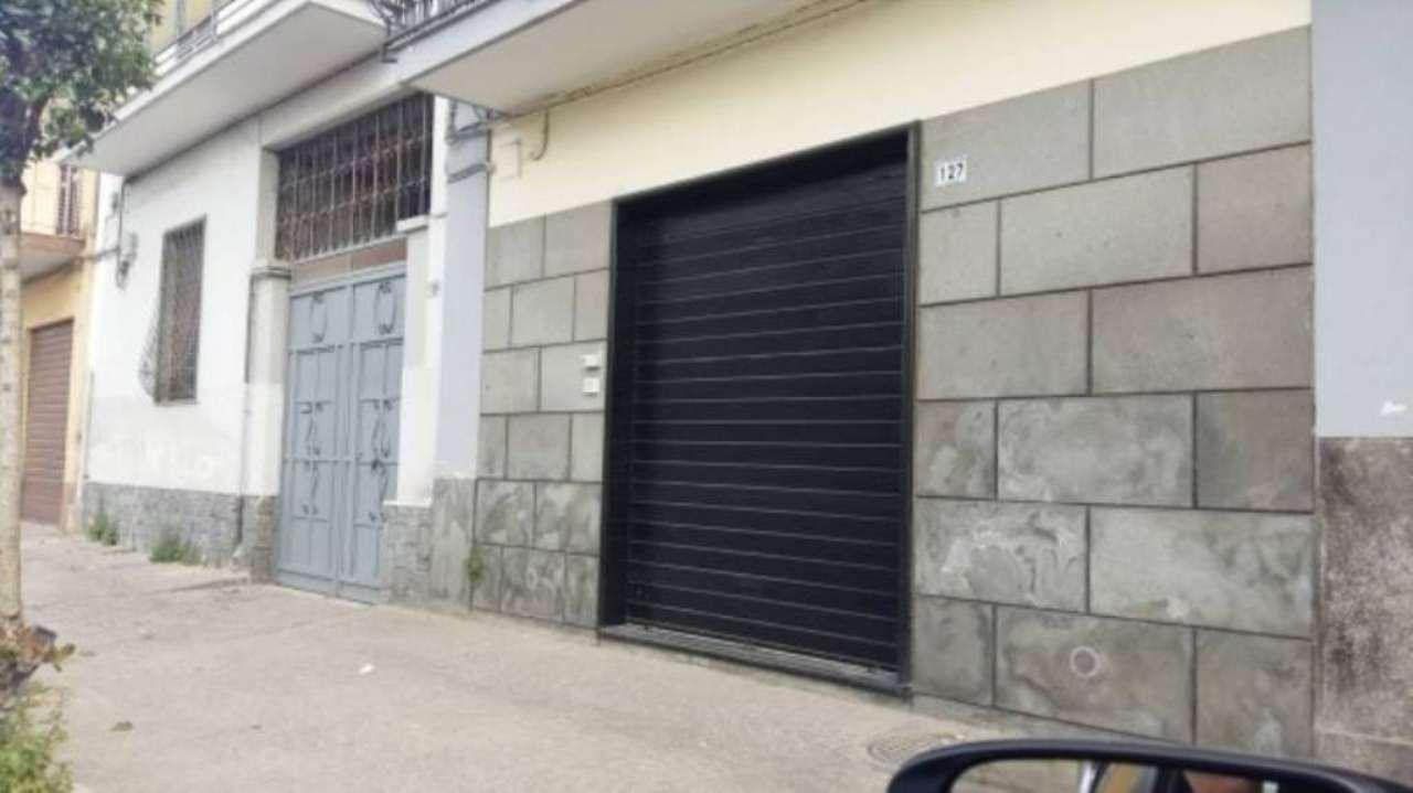Ufficio / Studio in affitto a Frattamaggiore, 2 locali, prezzo € 420 | Cambio Casa.it