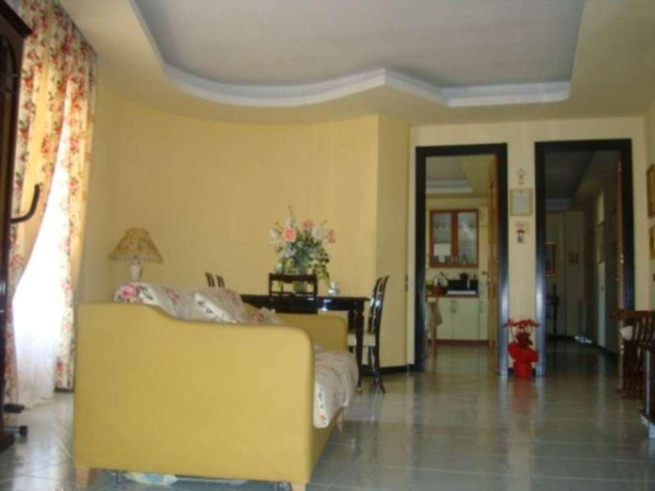 Appartamento in vendita a Grumo Nevano, 5 locali, prezzo € 200.000   Cambio Casa.it