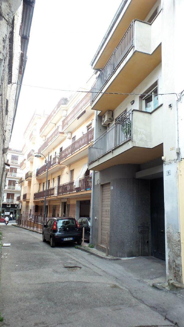 Palazzo / Stabile in vendita a Frattamaggiore, 10 locali, prezzo € 499.000 | Cambio Casa.it