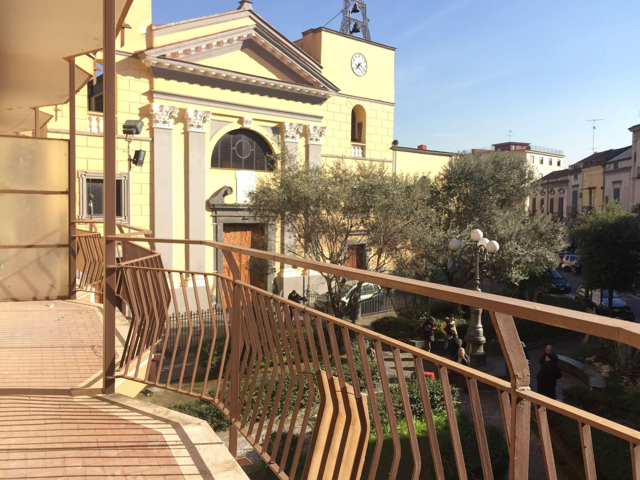 Ufficio / Studio in vendita a Frattamaggiore, 4 locali, prezzo € 600 | Cambio Casa.it