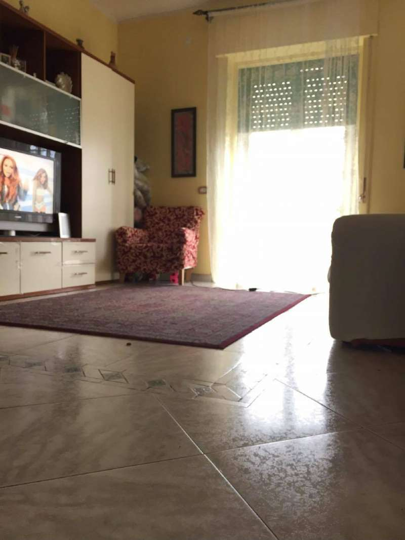 Appartamento in vendita a Frattamaggiore, 3 locali, prezzo € 149.000 | CambioCasa.it
