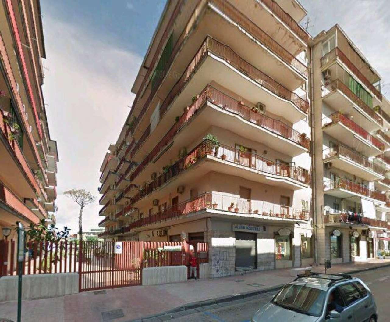 Appartamento in vendita a Grumo Nevano, 6 locali, prezzo € 114.000 | CambioCasa.it