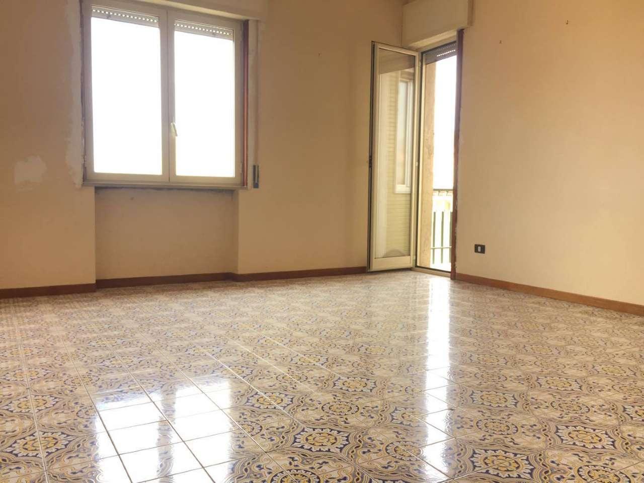 Appartamento in vendita a Frattamaggiore, 4 locali, prezzo € 174.000 | CambioCasa.it