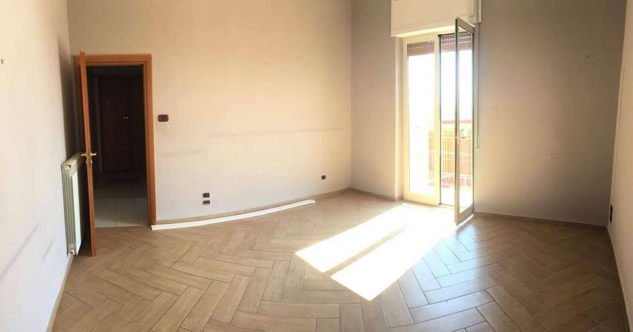 Appartamento in vendita a Frattamaggiore, 4 locali, prezzo € 165.000 | CambioCasa.it