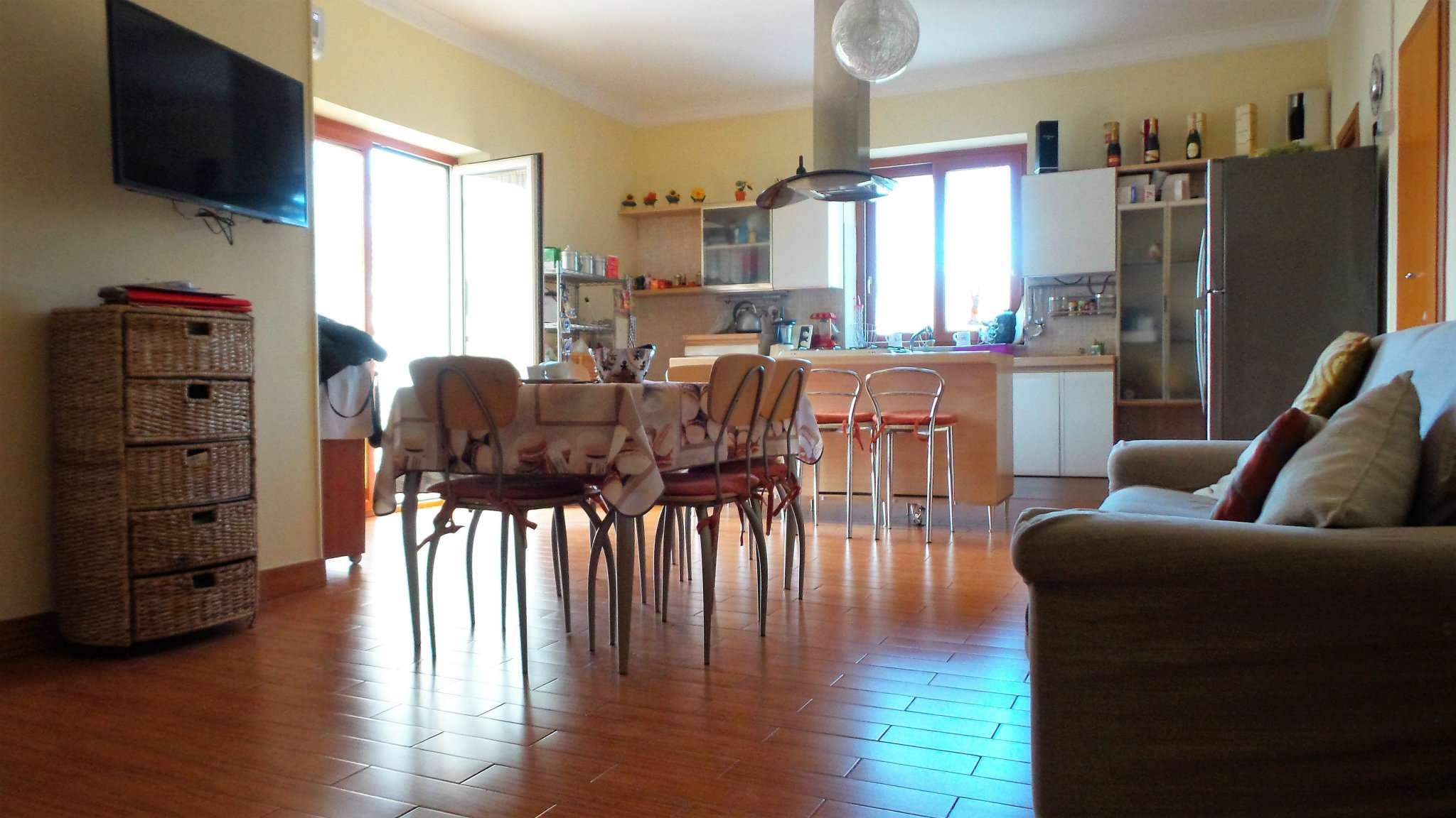 Appartamento, XXIV MAGGIO, 0, Vendita - Grumo Nevano