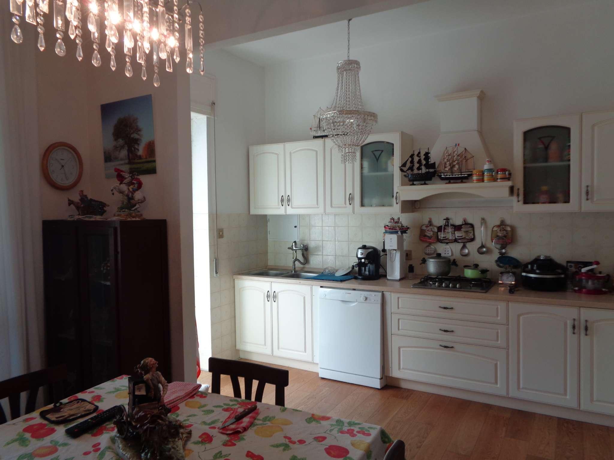Bilocale Livorno Via Antignano 1