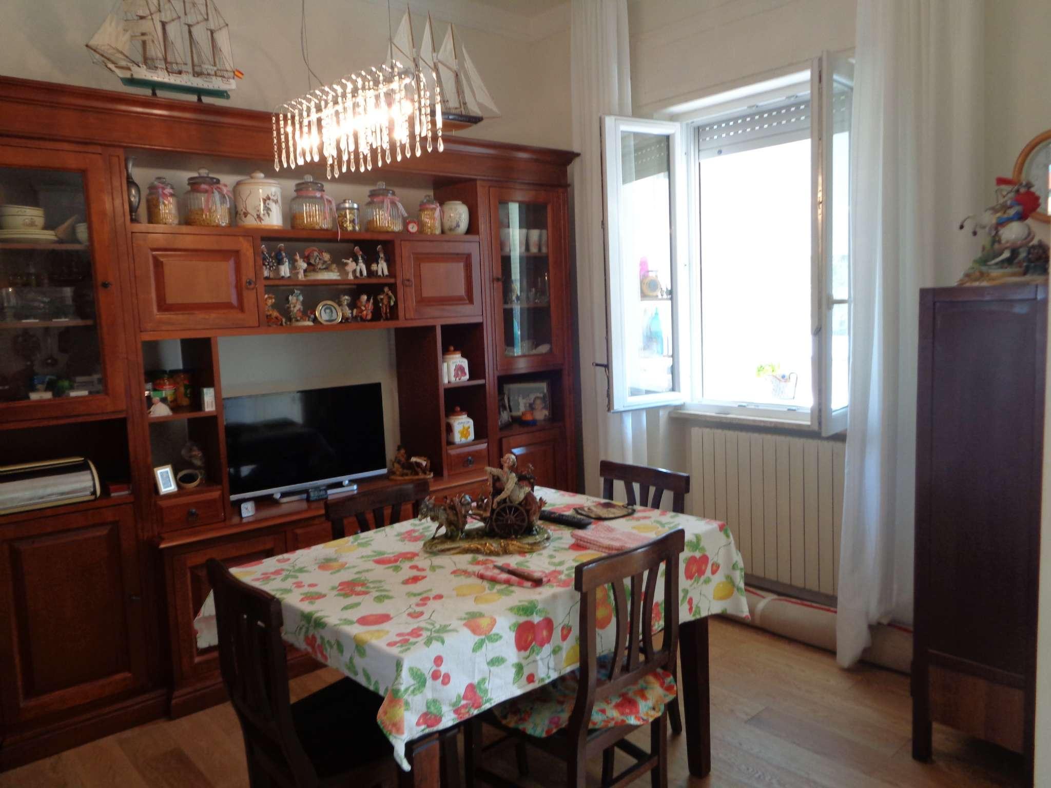 Bilocale Livorno Via Antignano 7