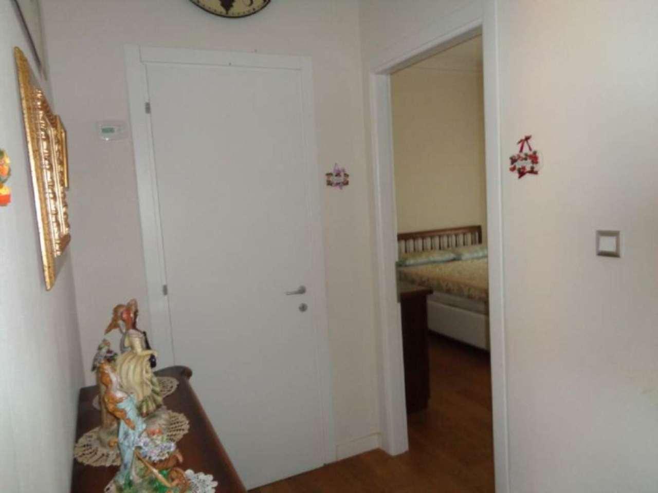 Bilocale Livorno Via Antignano 11