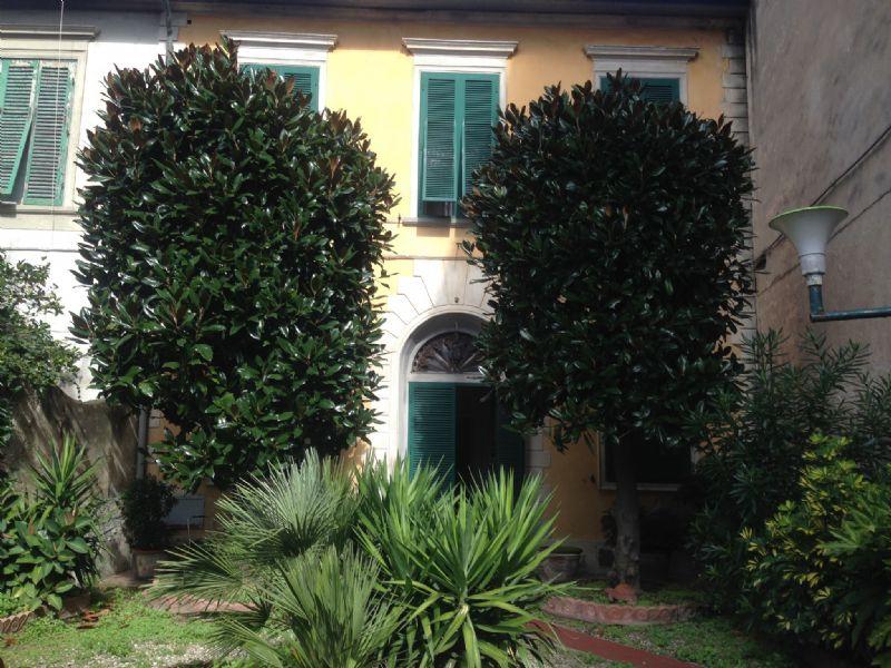 Soluzione Indipendente in vendita a Livorno, 11 locali, Trattative riservate   Cambio Casa.it
