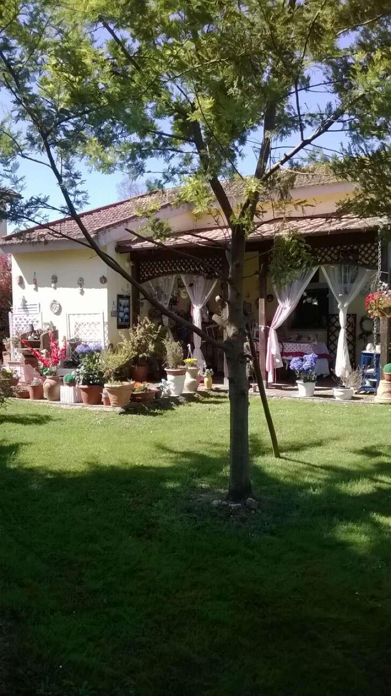 Villa in vendita a Fauglia, 5 locali, prezzo € 350.000 | Cambio Casa.it