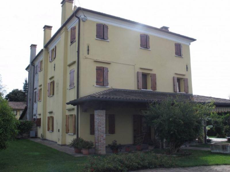 Rustico / Casale in vendita a Casale sul Sile, 6 locali, prezzo € 350.000   CambioCasa.it
