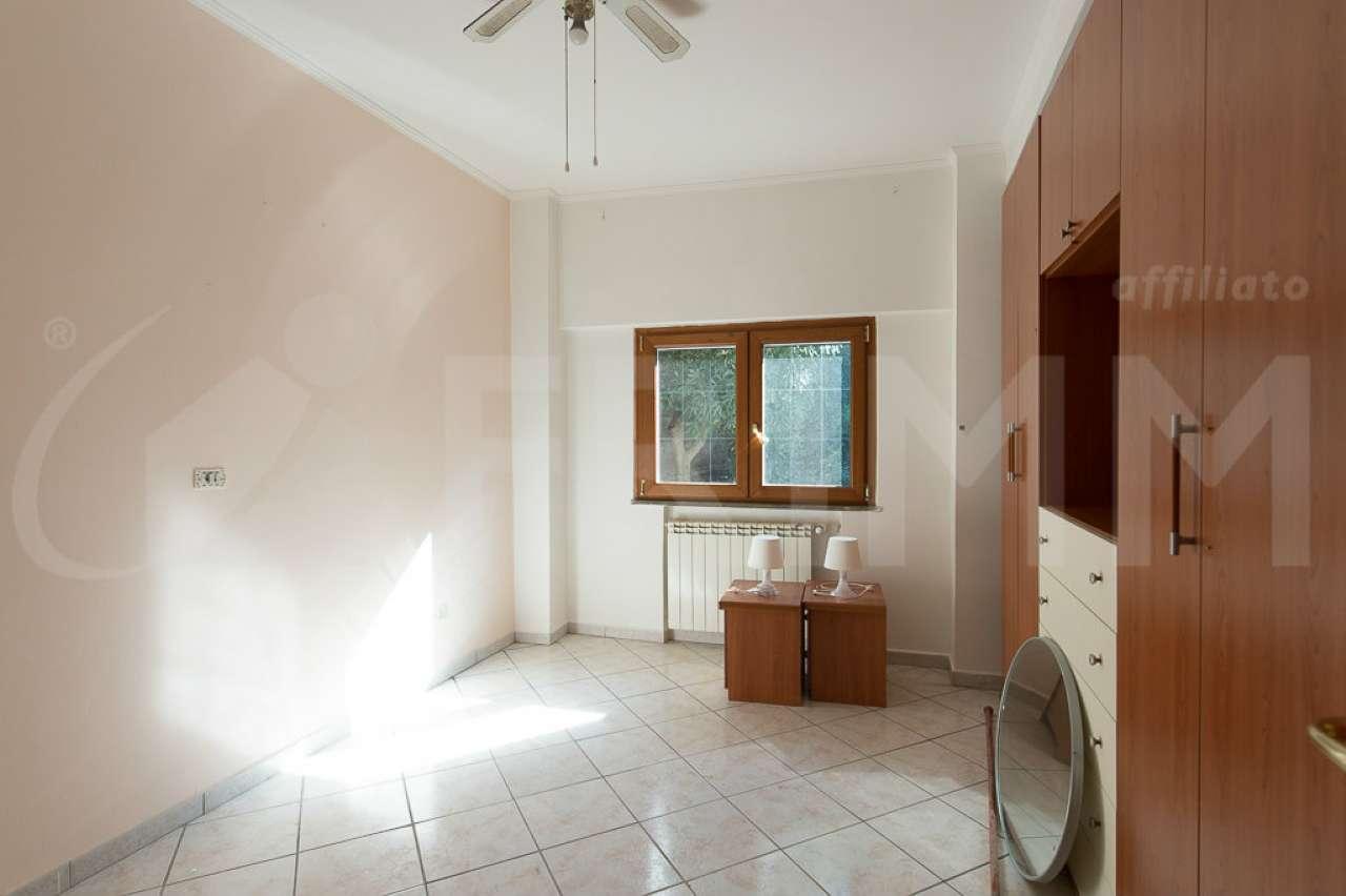 Soluzione Indipendente in vendita a Pomezia, 3 locali, prezzo € 130.000 | Cambio Casa.it