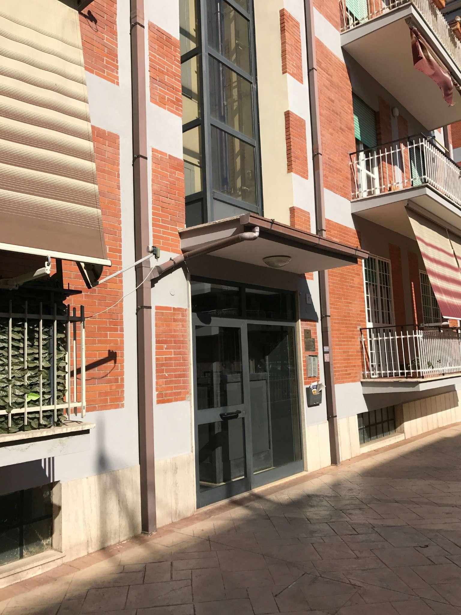 Appartamento in vendita a Pomezia, 3 locali, prezzo € 158.000   CambioCasa.it