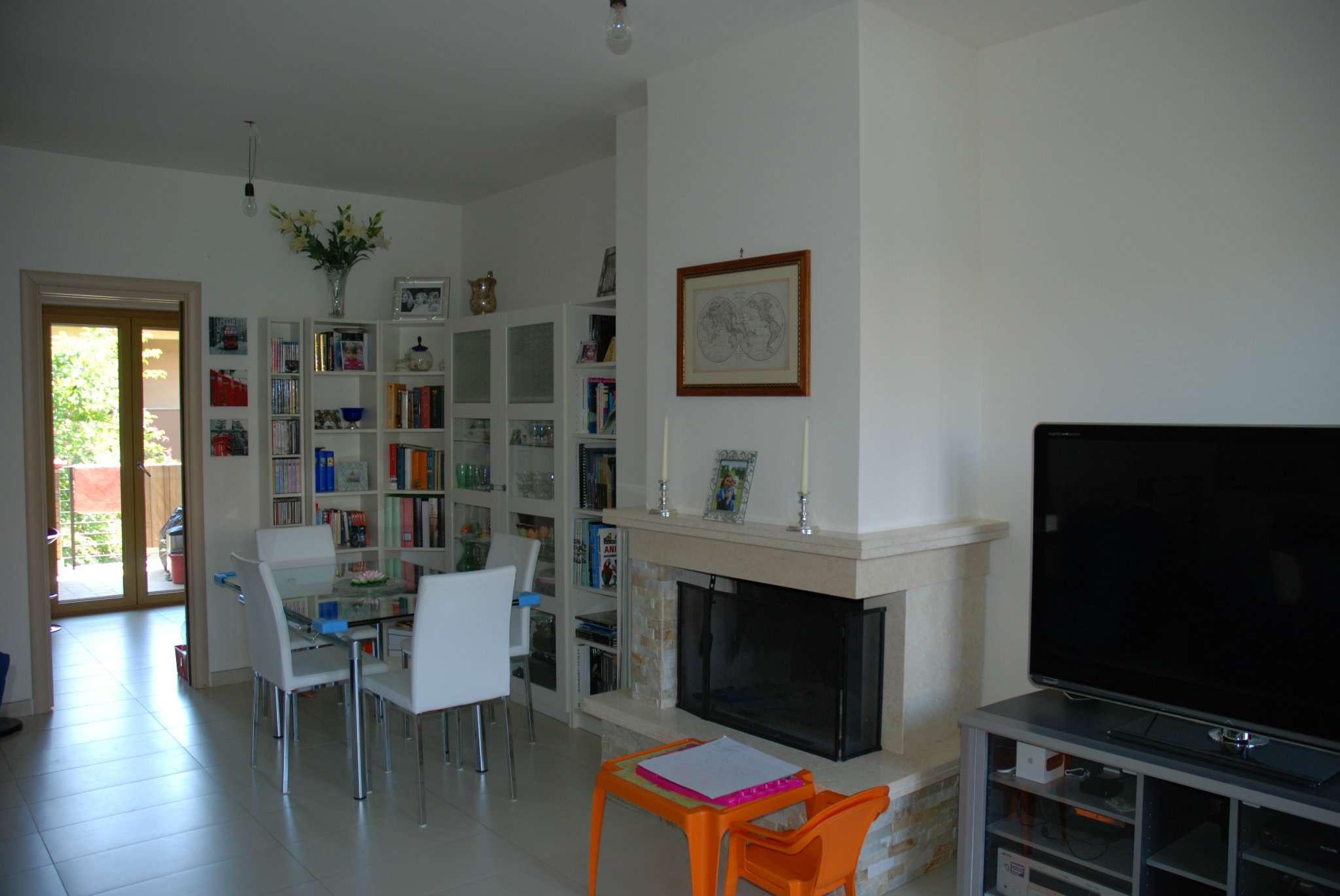Villa a Schiera in Affitto a Marino