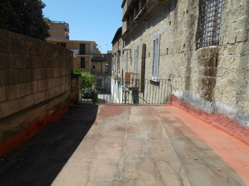 Bilocale Giugliano in Campania Vico Solitario 12