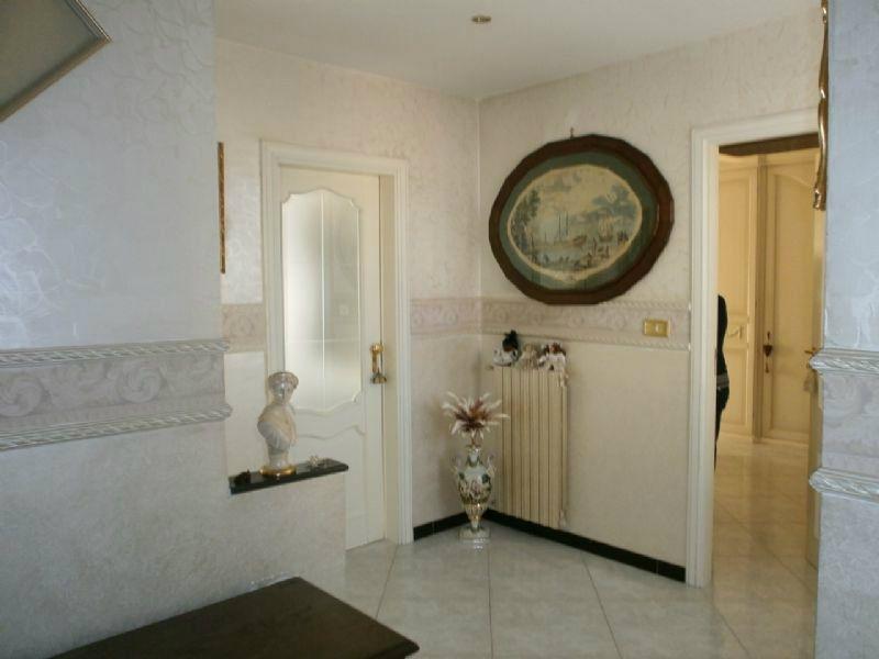 Villa in vendita a Villaricca, 6 locali, prezzo € 390.000 | Cambio Casa.it