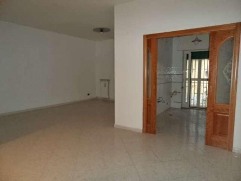 Appartamento in vendita a Villaricca, 4 locali, prezzo € 150.000 | Cambio Casa.it
