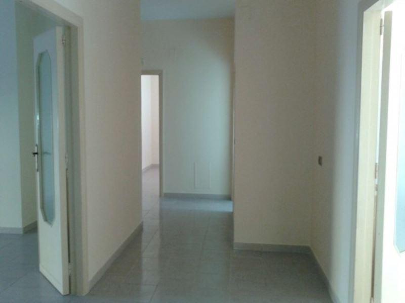 Appartamento in affitto a Giugliano in Campania, 4 locali, prezzo € 480 | Cambio Casa.it