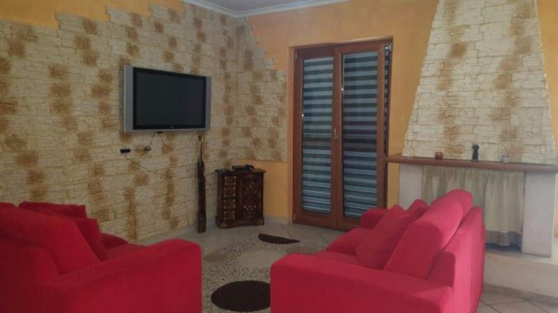 Appartamento in vendita a Giugliano in Campania, 5 locali, prezzo € 180.000 | Cambio Casa.it