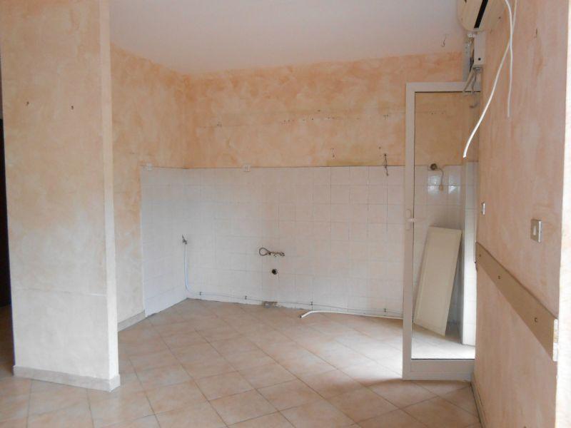 Appartamento in vendita a Villaricca, 5 locali, prezzo € 130.000   Cambio Casa.it