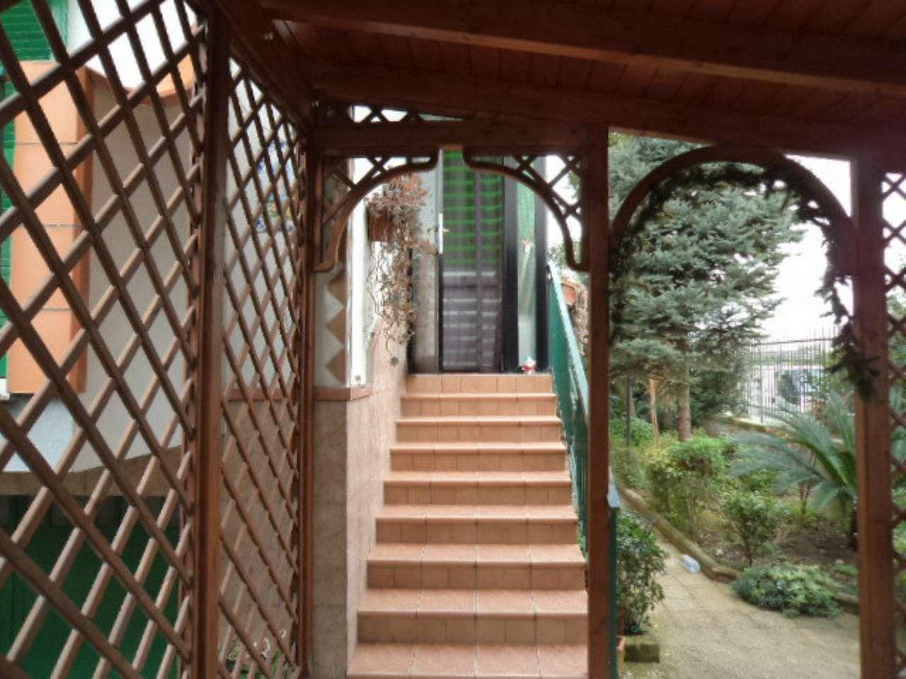 Villa a Schiera in vendita a Giugliano in Campania, 6 locali, prezzo € 230.000 | Cambio Casa.it