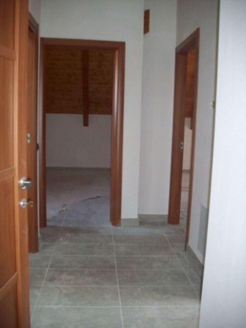 Appartamento in vendita a Giugliano in Campania, 3 locali, prezzo € 130.000 | Cambio Casa.it