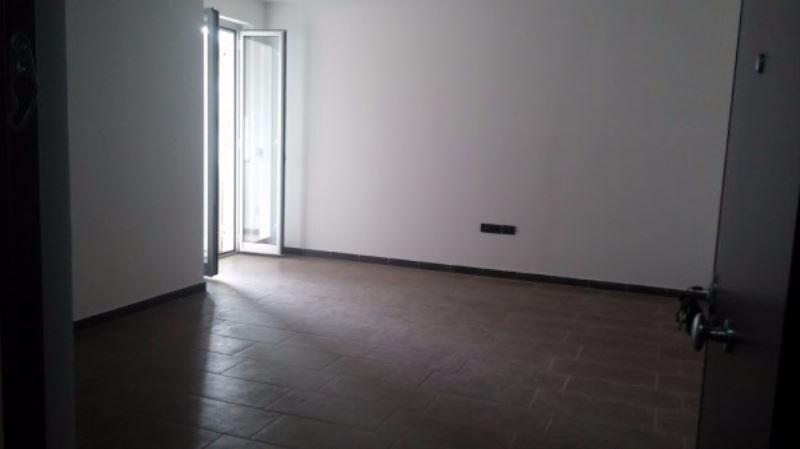 Appartamento in vendita a Giugliano in Campania, 6 locali, prezzo € 180.000 | Cambio Casa.it