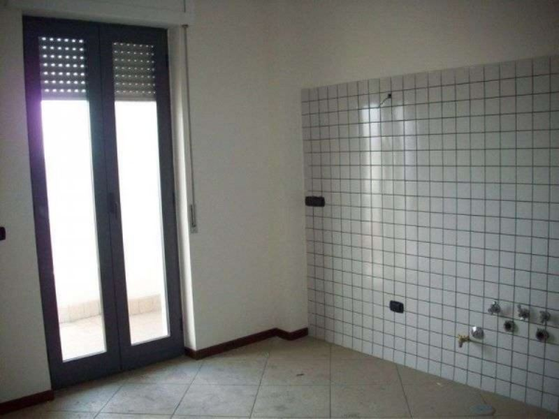Appartamento in vendita a Giugliano in Campania, 3 locali, prezzo € 170.000 | Cambio Casa.it