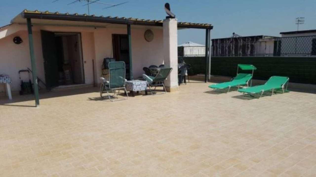 Appartamento in vendita a Giugliano in Campania, 4 locali, prezzo € 140.000 | Cambio Casa.it