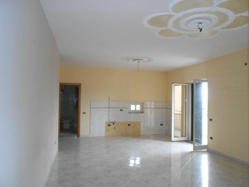 Appartamento in affitto a Giugliano in Campania, 5 locali, prezzo € 370 | Cambio Casa.it