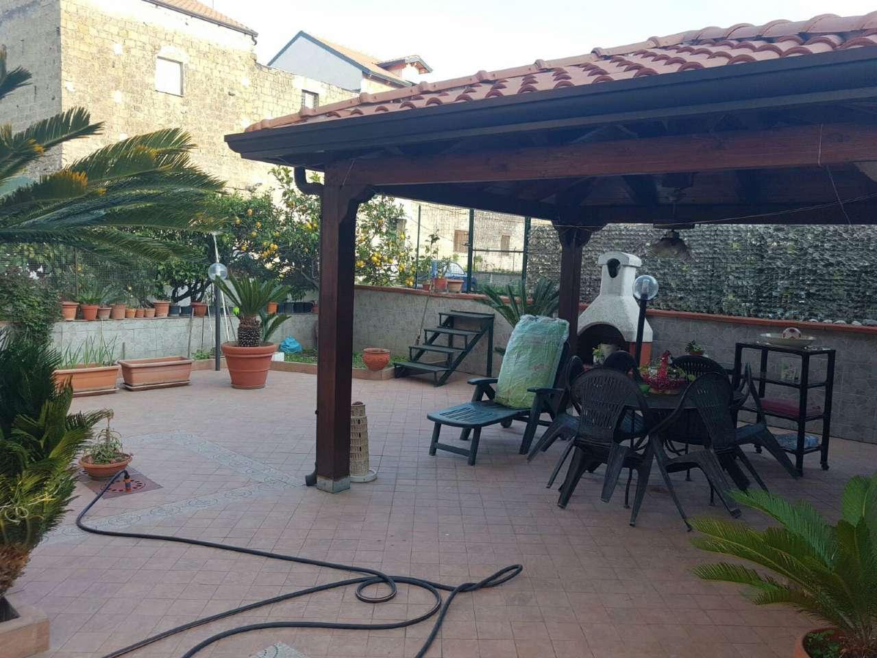 Appartamento in vendita a Giugliano in Campania, 5 locali, prezzo € 195.000 | Cambio Casa.it