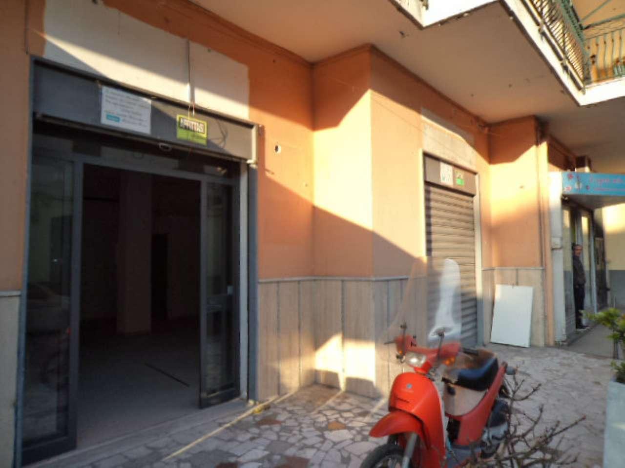 Negozio / Locale in affitto a Giugliano in Campania, 1 locali, prezzo € 600 | Cambio Casa.it