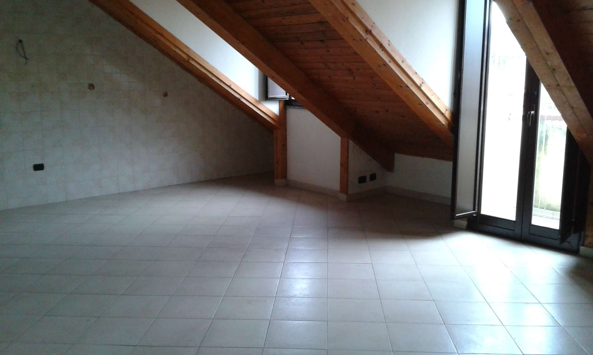 Appartamento in affitto a Giugliano in Campania, 3 locali, prezzo € 400   Cambio Casa.it