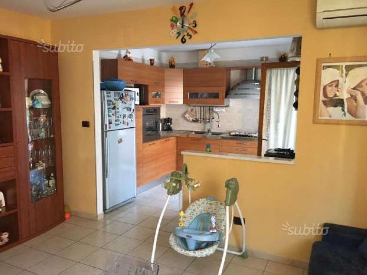 Appartamento in vendita a Giugliano in Campania, 4 locali, prezzo € 98.000 | Cambio Casa.it