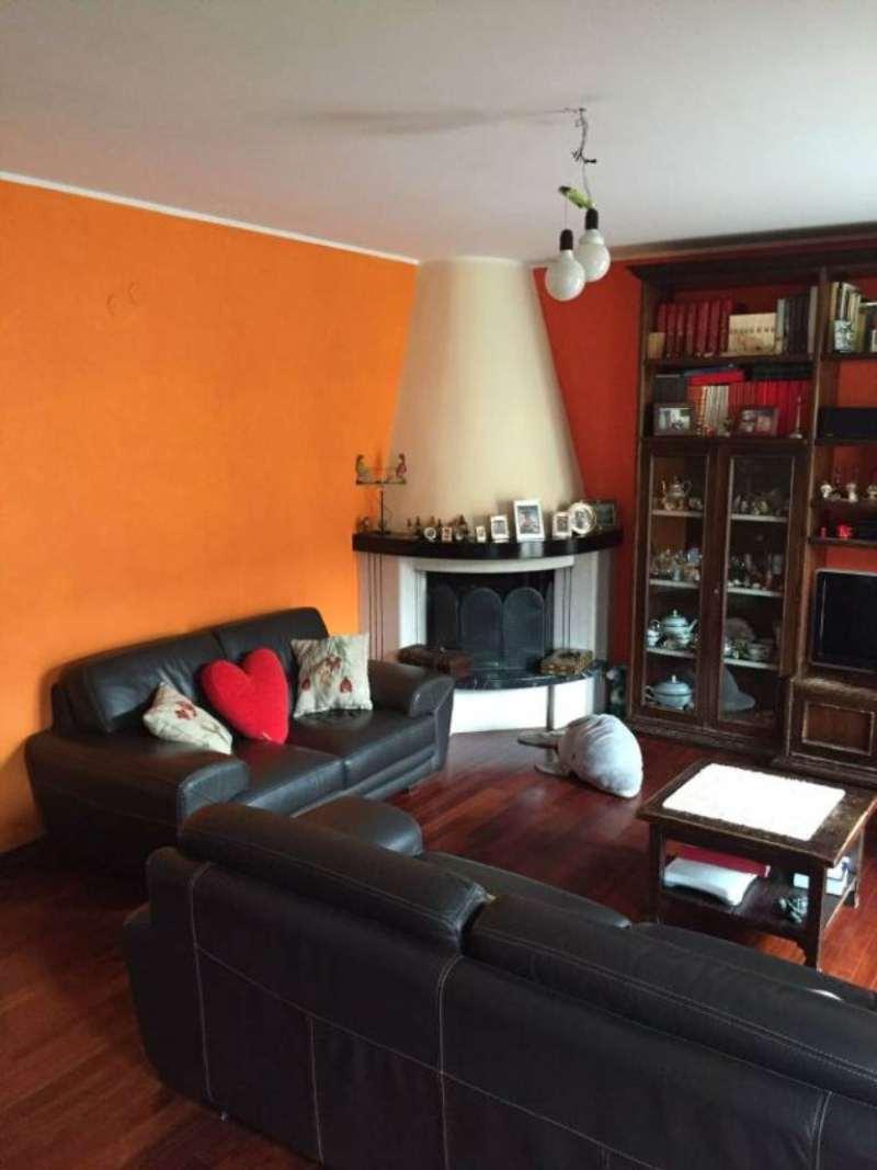 Villa in vendita a Giugliano in Campania, 7 locali, prezzo € 300.000   Cambio Casa.it