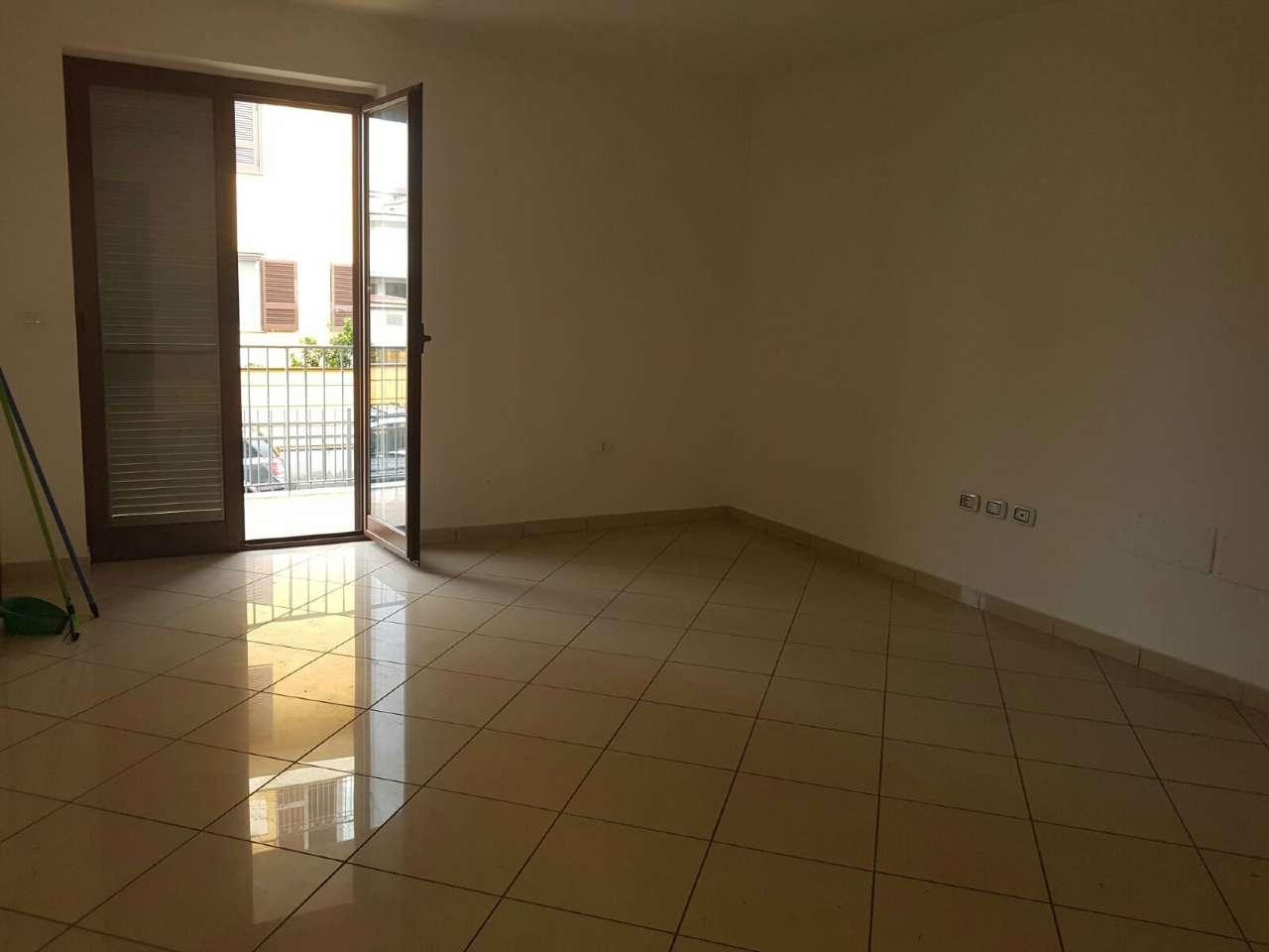 Appartamento in vendita a Giugliano in Campania, 5 locali, prezzo € 189.000 | Cambio Casa.it