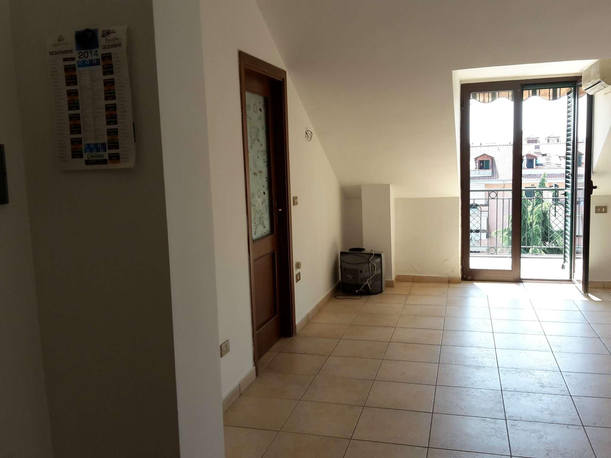 Ufficio / Studio in Affitto a Giugliano in Campania