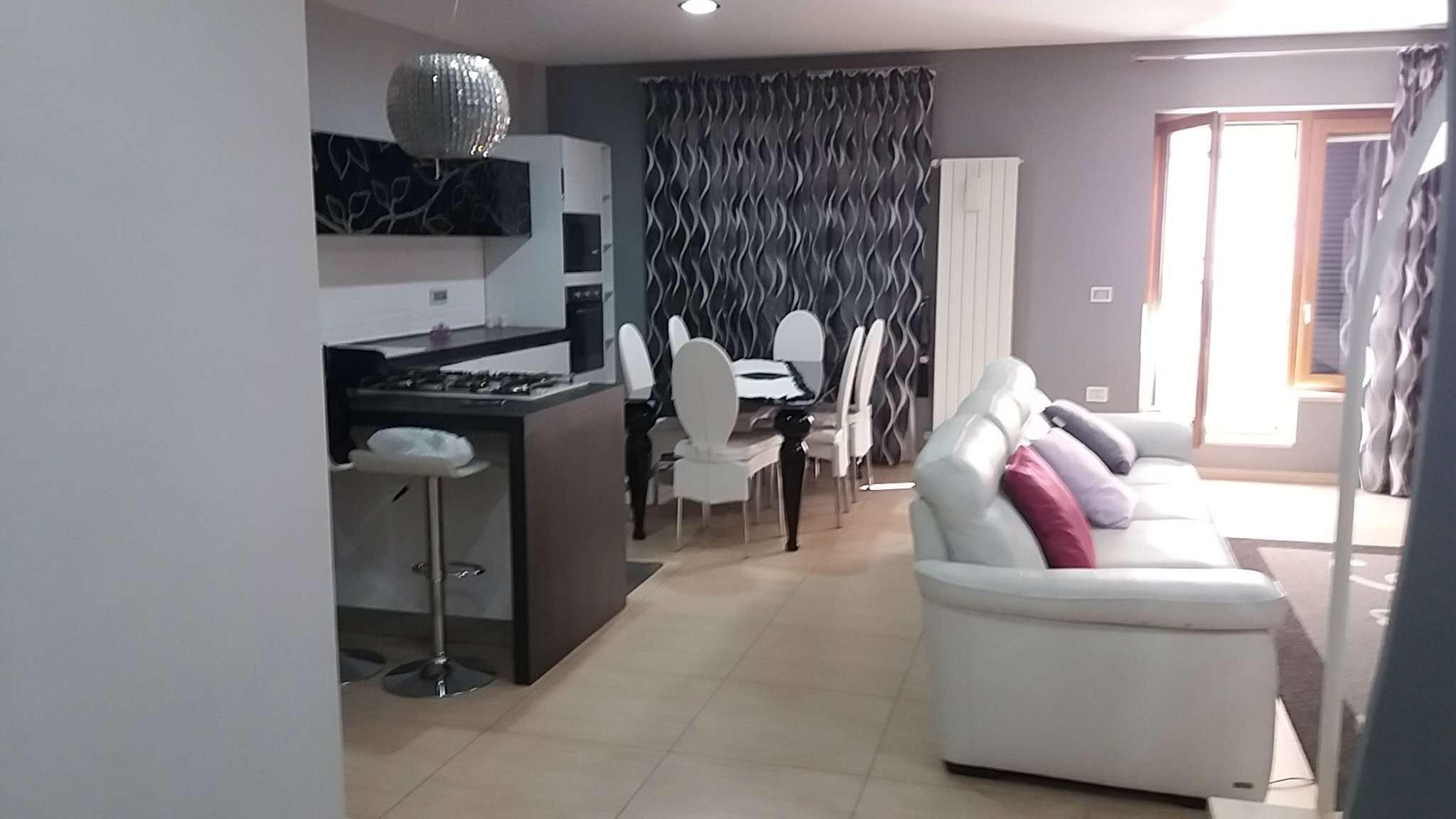 Appartamento in vendita a Villaricca, 6 locali, prezzo € 225.000 | Cambio Casa.it