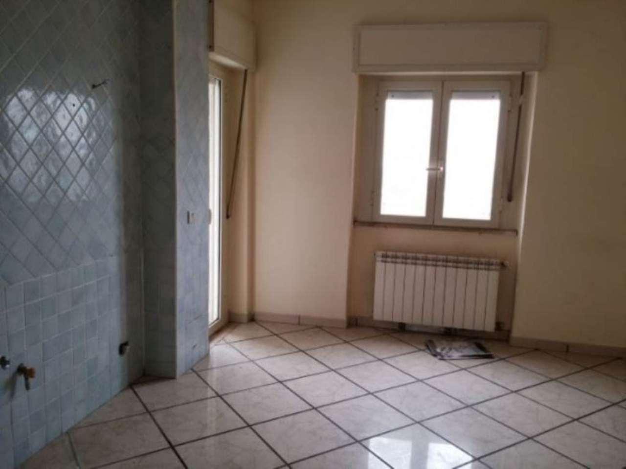 Appartamento in vendita a Giugliano in Campania, 3 locali, prezzo € 79.000 | Cambio Casa.it