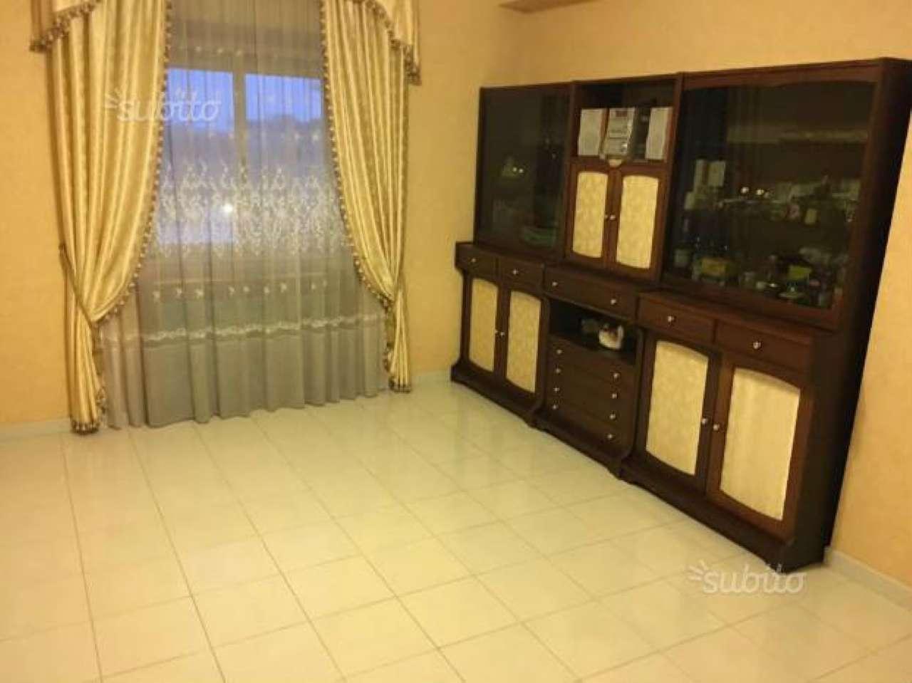 Appartamento in vendita a Giugliano in Campania, 5 locali, prezzo € 88.000 | Cambio Casa.it