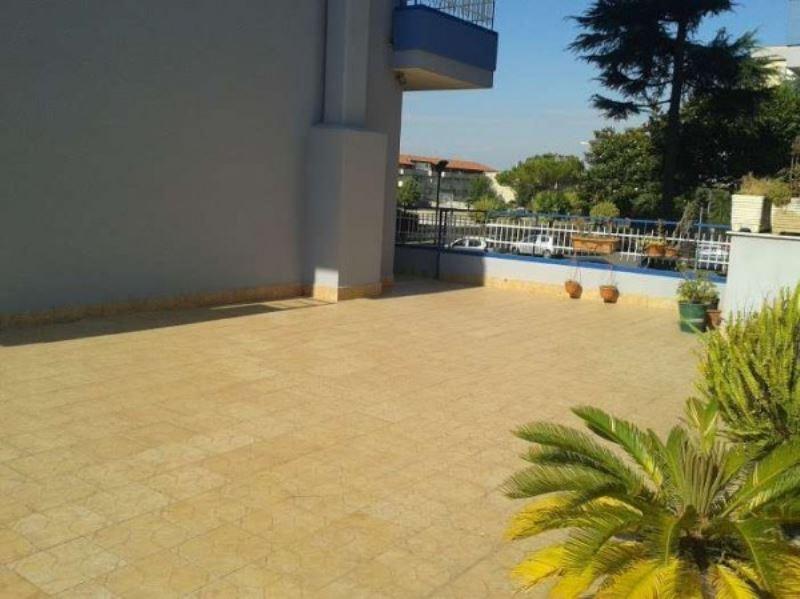 Appartamento in vendita a Giugliano in Campania, 4 locali, prezzo € 190.000 | Cambio Casa.it