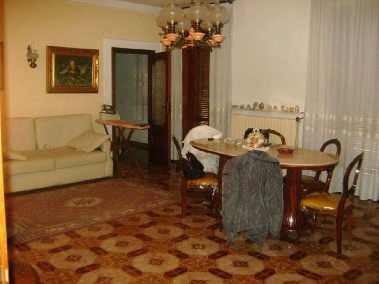 Palazzo / Stabile in vendita a Giugliano in Campania, 9 locali, prezzo € 550.000 | Cambio Casa.it