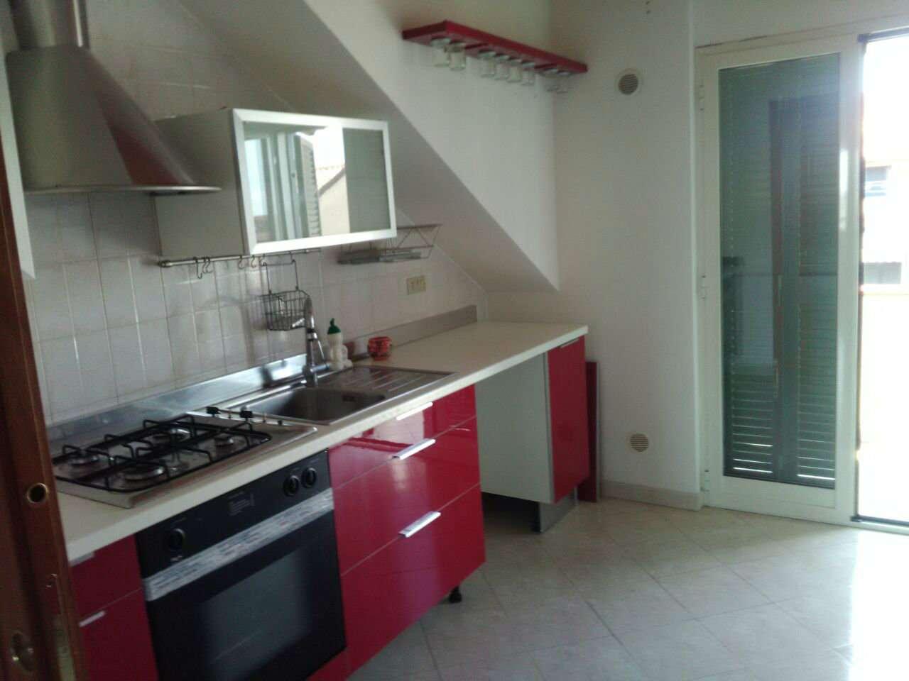 Appartamento in affitto a Giugliano in Campania, 4 locali, prezzo € 420 | CambioCasa.it