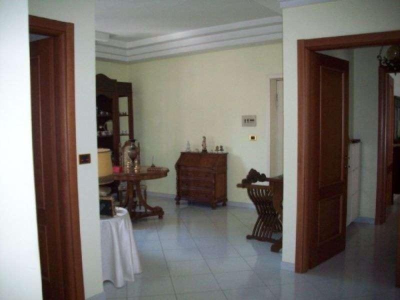Appartamento in vendita a Villaricca, 4 locali, prezzo € 270.000 | CambioCasa.it