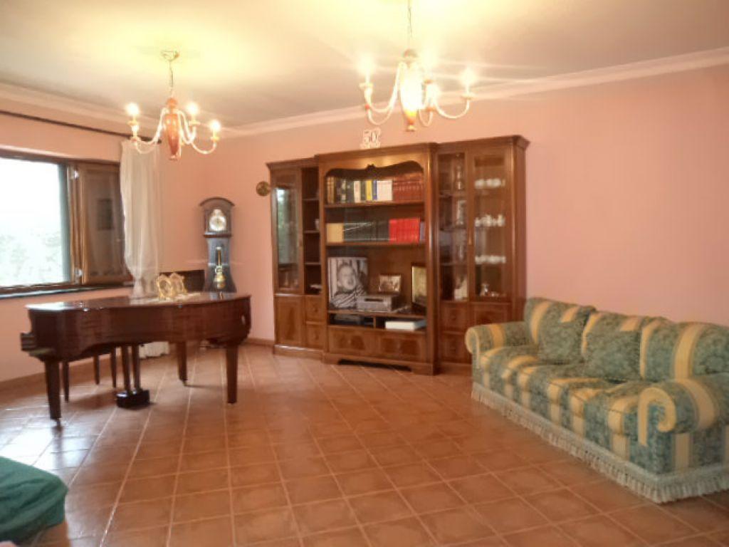 Villa in vendita a Calvizzano, 7 locali, prezzo € 510.000   CambioCasa.it