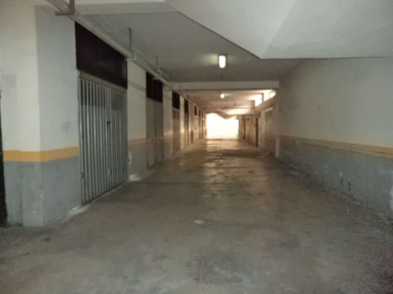 Box / Garage in vendita a Giugliano in Campania, 1 locali, prezzo € 25.000 | CambioCasa.it